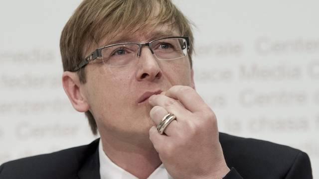 Preisüberwacher Stefan Meierhans kritisiert die Kosten im Altersheim. (Archiv)