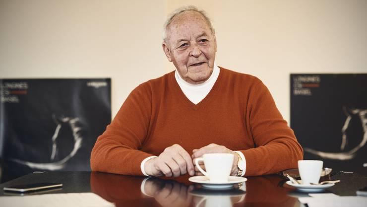 Willy Bürgin in seinem Büro in der St. Alban-Anlage.