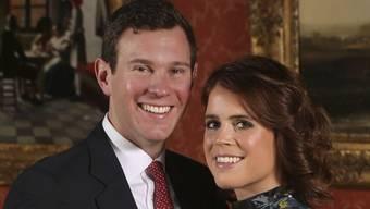 Die Queen-Enkelin Prinzessin Eugenie und ihr Bräutigam Jack Brooksbank wollen zu ihrer Hochzeit 1200 Zaungäste einladen. (Archivbild)