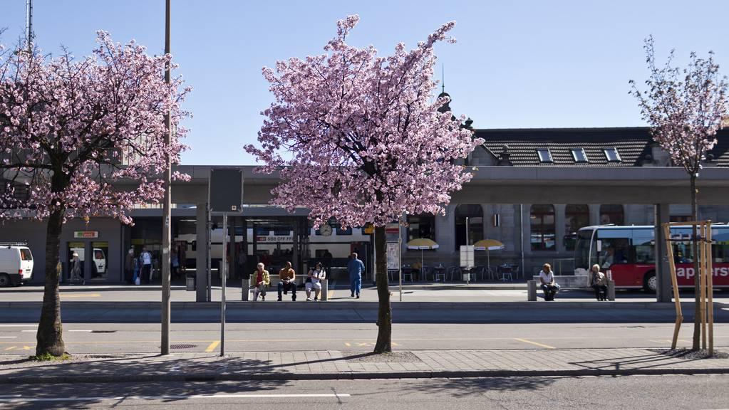 Rapperswil Jona Bahnhof