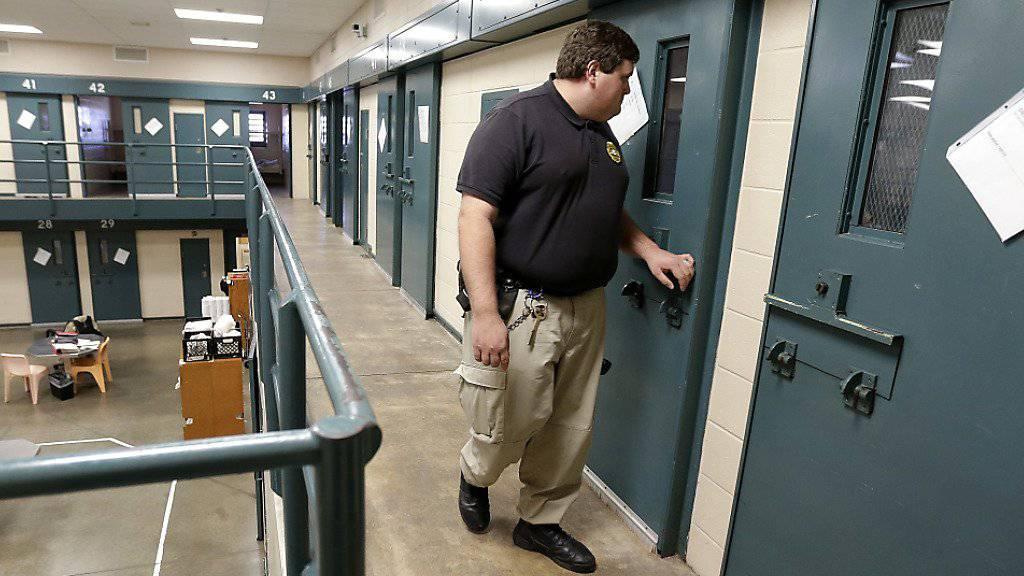 Justizirrtum: Nach 23 Jahren im Gefängnis ist in den USA ein unschuldig Verurteilter freigelassen worden. (Symbolbild)