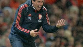 Arsenals Trainer Unai Emery im Verlaufe der Partie gegen Manchester United