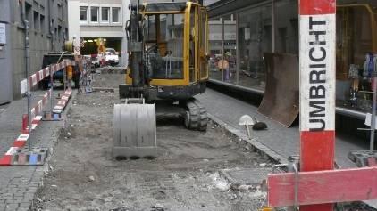 Im gesamten Stadtgebiet werden des Weiteren auch in diesem Jahr umfangreiche Kanalsanierungen mittels Einbau von Inlinern durchgeführt.