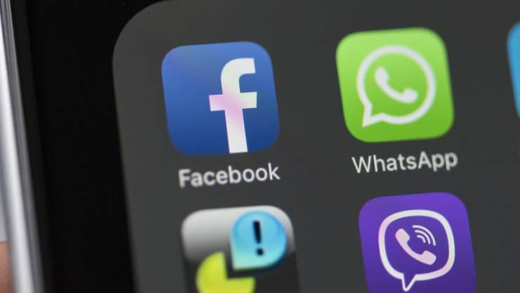 Der Facebook-Konzern kämpft mit technischen Problemen.
