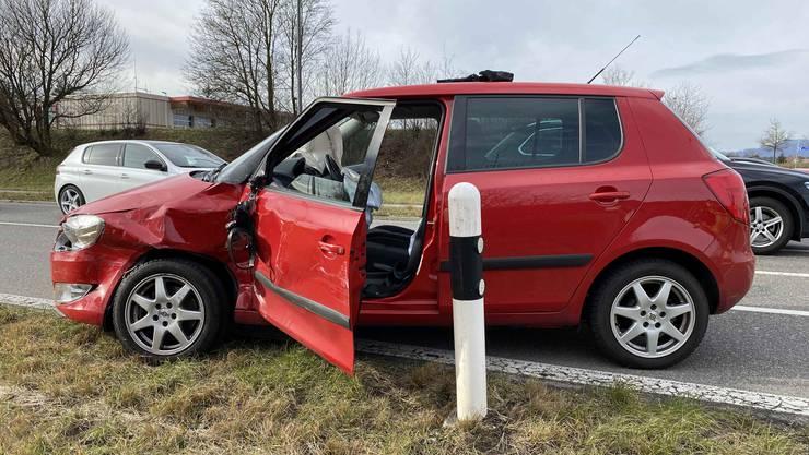 Ein 89-jähriger Lenker missachtete in Oberentfelden den Vortritt eines Lastwagens.