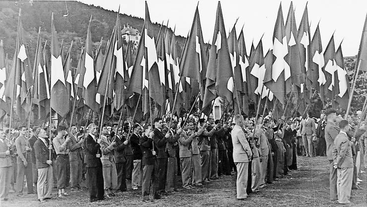Eine Versammlung der Vaterländischen Vereinigungen in Biel, kurz vor Ausbruch des Zweiten Weltkriegs im Jahre 1939.