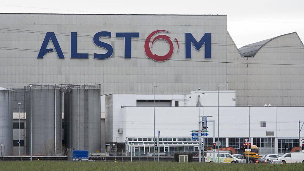 Alstom-Fabrik in Birr im Kanton Aargau: Nach der Übernahme der Energiesparte durch den US-Mischkonzern General Electric dürften hier weniger Stellen wegfallen als zunächst erwartet.