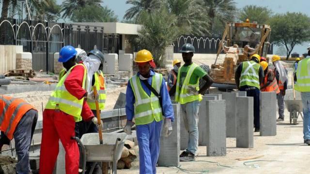 Vor Der Fussball Wm Sind Die Arbeitsbedingungen In Katar