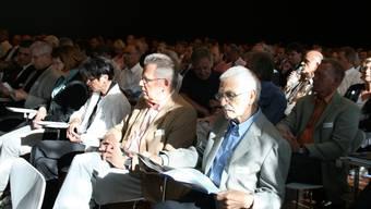 Volles Haus: Das diesjährige Fricktaler Wirtschaftsforum im Saal der Syngenta in Stein ist gut besucht. (Peter Schütz)