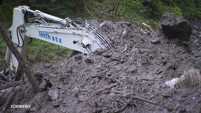 Ein Toter bei Murgang im Glarus