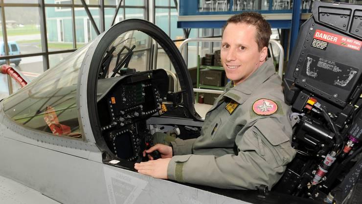 Stefan Jäger im F/A-18-Cockpit