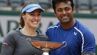 Martina Hingis gewinnt beim French Open in Paris an der Seite des Inders Leander Paes das Mixed-Doppel