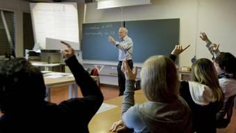 Lehrkräften einer Sek P werden künftig einheitlich in die Lohnklasse 21 eingestuft. az/Archiv
