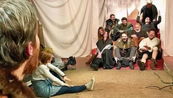 Dynamisch und wortgewaltig: «Macbeth» wird im Kellertheater Bremgarten geprobt.