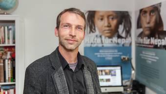 Der 41-jährige Rocco Umbescheidt, der ehrenamtlich Projekte in Nepal leitet und die Erdbebenhilfe für 36'000 Menschen gesteuert hat, gewann 2015.
