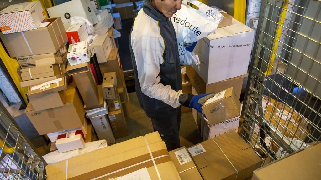 Paketflut: Jetzt spannen Post, Private und Sozialpartner zusammen