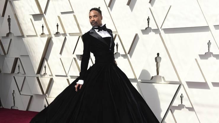 Eines der Highlights war auch das Outfit von Billy Porter: