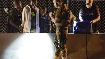 Kritik an Militärausrüstung für US-Polizisten nach Ferguson-Protest