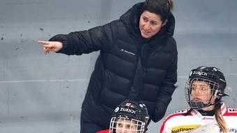 Daniela Diaz hat im Schweizer Frauen-Eishockey weiterhin das Sagen - aber aus höherer Position