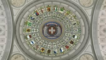 """Die Schweiz und der """"Kantönli-Geist"""" wird seit Jahrzehnten leidenschaftlich diskutiert. Bild: Bundeshauskuppel."""