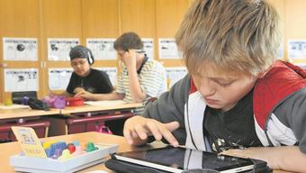 Zahlreiche Primeler arbeiten in der Schule schon mit Tablets. (Symbolbild)