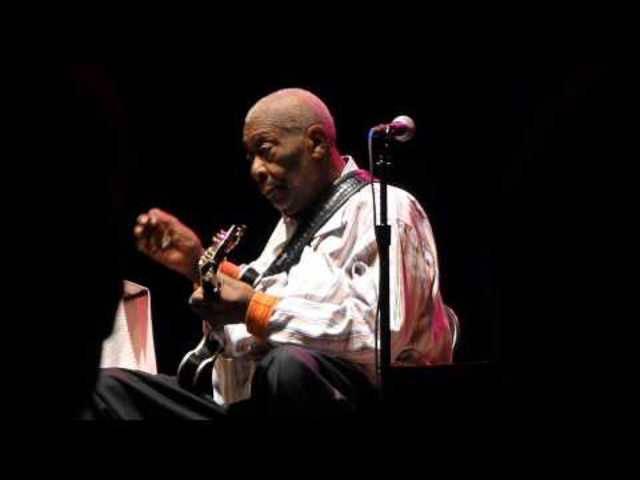 B.B. King – «Rock Me, Baby», 28. Mai 2014 in Columbus (Ohio, USA)