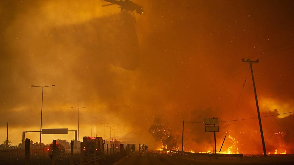 Gnadenloses Feuer: In Südeuropa und der Türkei brennt es unvermindert