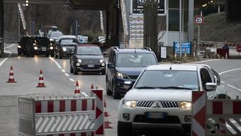 Mitte März hat der Bund aufgrund der Coronavirus-Epidemie mehrere kleinere Grenzübergänge zu Italien geschlossen - darunter auch Brusata di Novazzano.