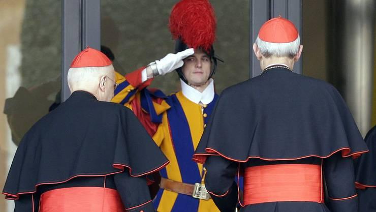 Kardinäle bei ihrer Ankunft in Rom.