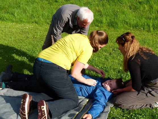 Samariter helfen ruhig und effizient.
