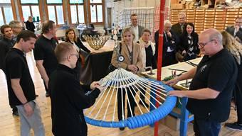 Tour de région der Thaler Unternehmer in der Seilerei Berger mit Regierungsrätin Brigit Wyss (Mitte).
