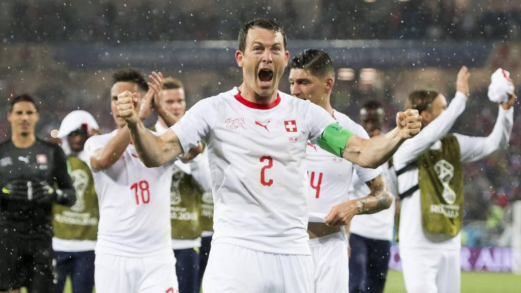 Nach dem Sieg gegen Serbien reicht der Schweiz ein Unentschieden, um aus eigener Kraft weiterzukommen.