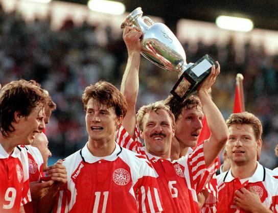Die dänischen Fussballer 1992: Für Jugoslawien nachnominiert, vom Strand an die Fussball-EM und mit dem Pokal wieder nach Hause