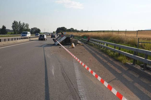 Eine Spur der der Autobahn A1 musste gesperrt werden.