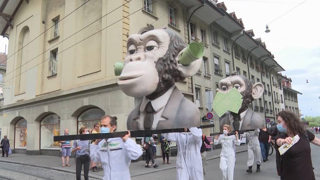 Greenpeace will Banken-Investitionen in «umweltverschmutzende Firmen» verbieten