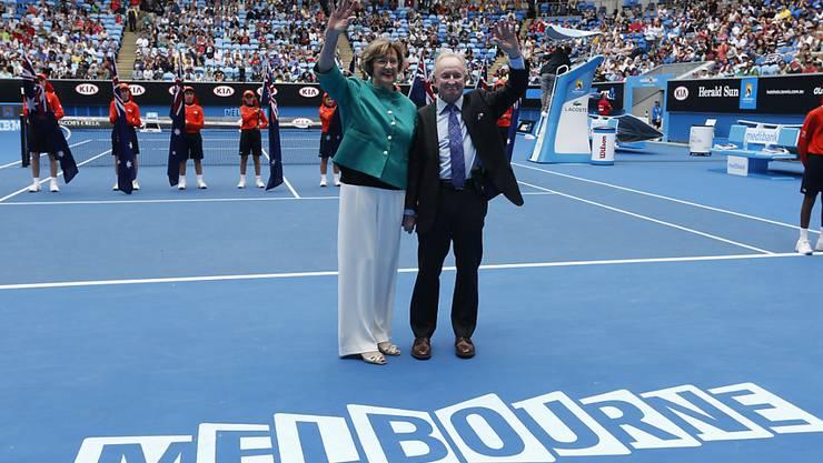 Die australischen Tennislegenden Margaret Court und Rod Laver bei der Einweihung der umgebauten und nach Court benannten Margaret Court Arena im Januar 2015