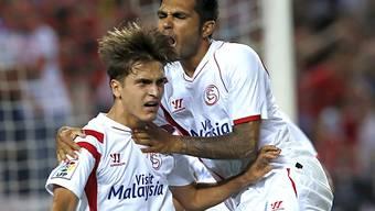 Sevilla (hier Suarez, links, und Tremoulinas) mit Last-Minute-Tor
