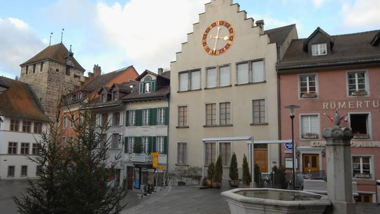 Junges Pärchen kam vor dem Bezirksgericht Brugg mit einem blauen Auge davon. (Bild: Walter Schwager)
