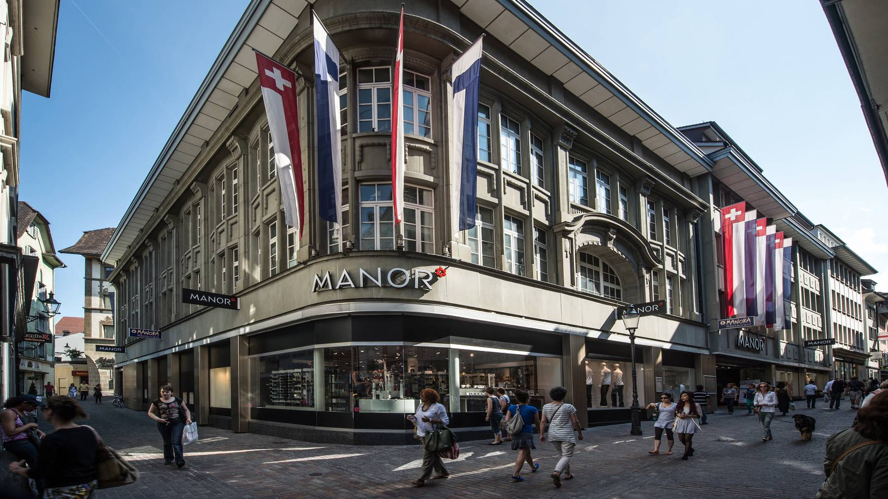 Manor schliesst Läden und baut Arbeitsplätze ab