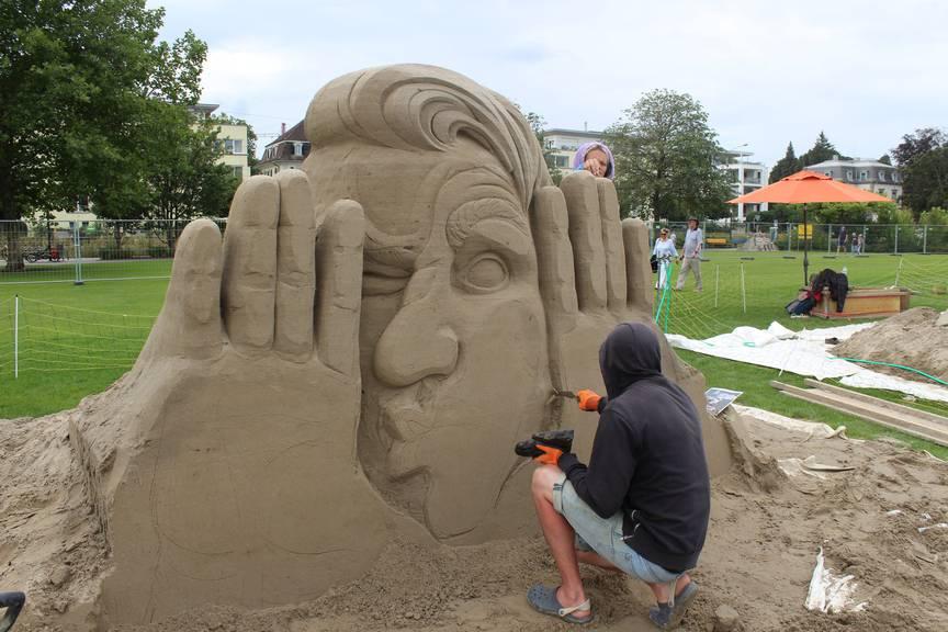 Ab dem Wochenende können die fertigen Sandskulpturen in Rorschach bestaunt werden. (Bild: FM1Today/Linus Hämmerli)