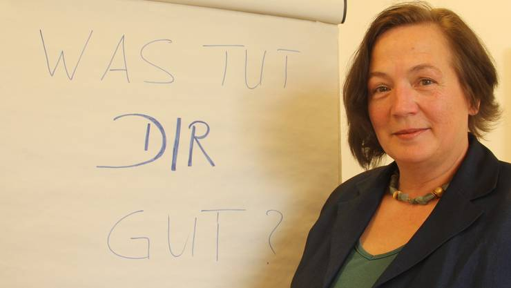 Marie-Therese Keller, Leiterin der VASK-Selbsthilfegruppe Wohlen, gibt Angehörigen Tipps. aw