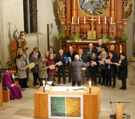 Die Chorgemeinschaft beim vorgängigen Gottesdienst