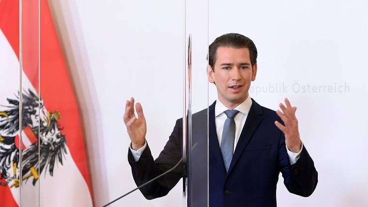 Der Österreichische Bundeskanzler Sebastian Kurz tauscht sich mit der Schweizer Regierung aus bezüglich einer Grenzöffnung zwischen den beiden Ländern.