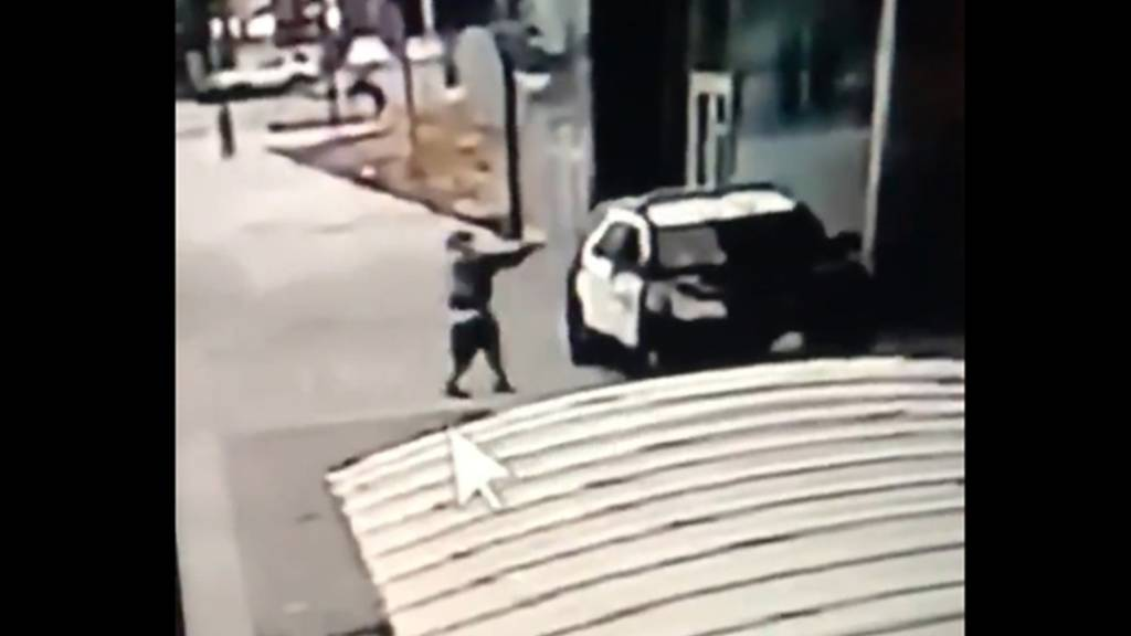 Zwei US-Polizisten bei Schüssen lebensgefährlich verletzt