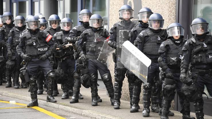 Die Polizei ist einsatzbereit.