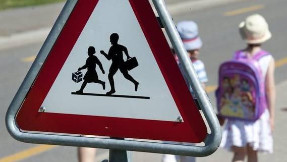Rund 78 Prozent der Basler Strassenübergänge sind laut der Untersuchung für Kinder geeignet. (Symbolbild)