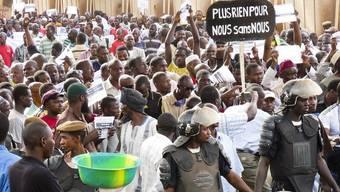 In Malis Hauptstadt Bamako gingen die Menschen nach dem Putsch auf die Strasse (Archiv)