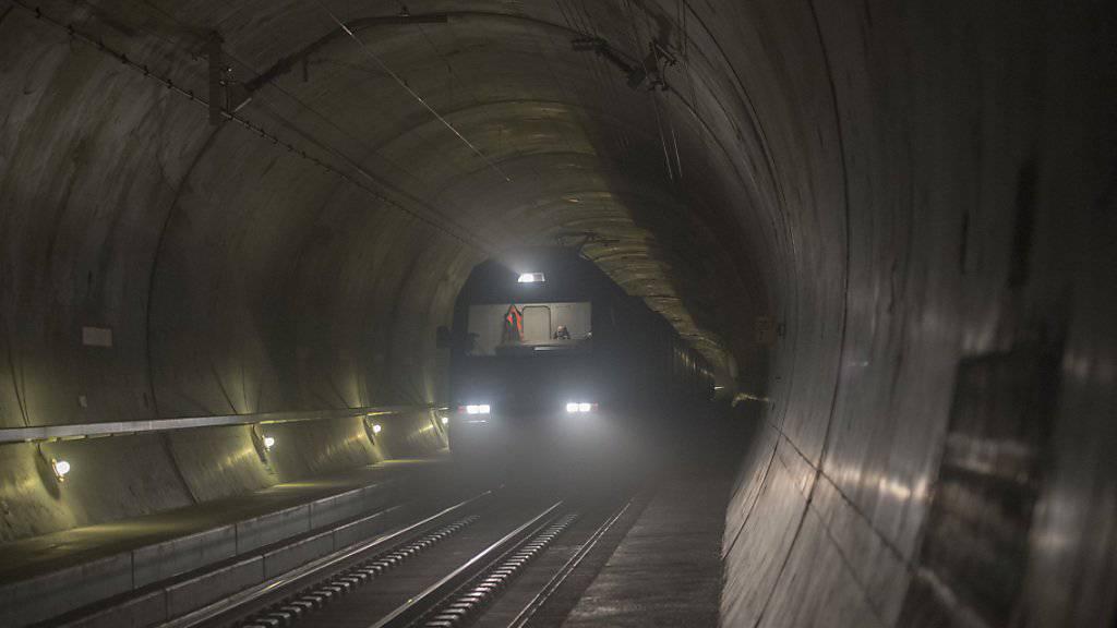 Die NEAT, zu der auch der bereits eröffnete Gotthard-Basistunnel gehört, soll günstiger werden als prognostiziert.