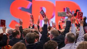 Die SPD-Mitglieder stimmen der Groko zu.