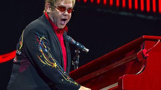 Elton John in Aktion (Archiv)